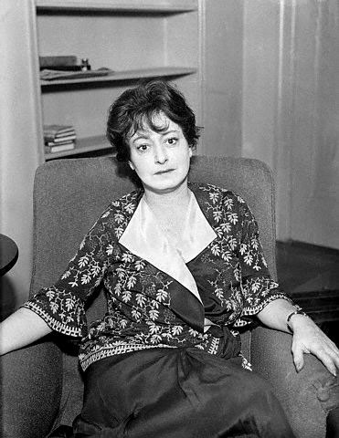 dorothy parkers use of humor satire and sarcasm in her poetry It was dorothy parker who, when asked to use the word  politics, satire and tagged grammar, humor/sarcasm, language  musings on poetry, language, perception .
